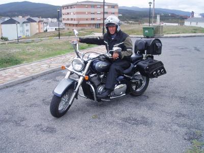 20100526235408-en-moto-a-foz.-manolin-y-yo.-291.jpg
