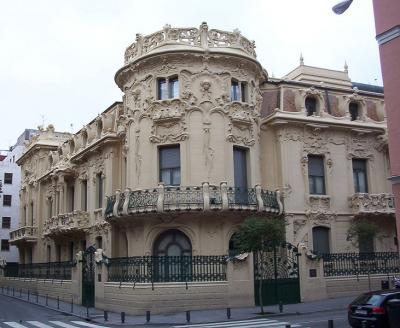 20110701185037-palacio-longoria-madrid-01.jpg